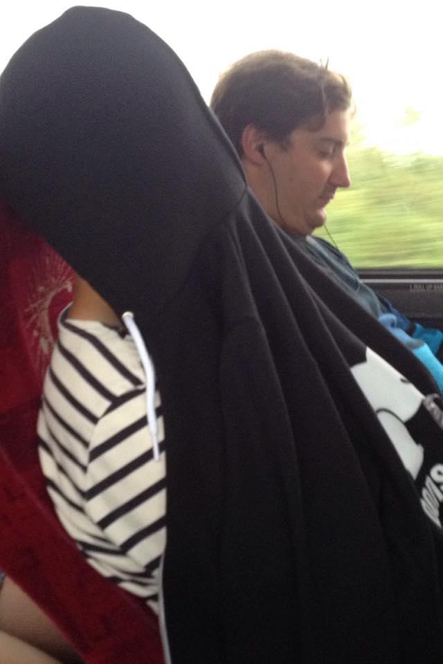 moi qui dort dans le bus