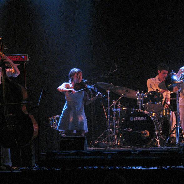Bell Orchestre (crédit à Simon Law 2006)