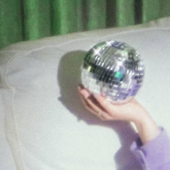 Laura lefebvre flashback single